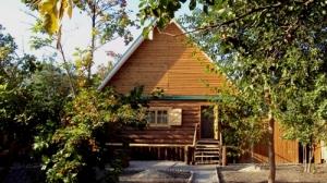 """""""Баня на дровах"""". Адрес: Астраханская область, Астрахань,  , Началовское шоссе, 1а."""