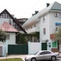 Гостевой дом «Две звезды». Адрес: Краснодарский край, Сочинский р-н,  Лазаревское, ул. Партизанская 11.