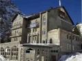Отель «Шахеризада». Адрес: Кабардино-Балкарская, Приэльбрусье,  Азау, в 80 метрах от МКД «Эльбрус».