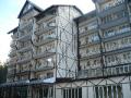 Отель «Снежный барс». Адрес: Кабардино-Балкарская, Приэльбрусье,  Чегет, а новой въездной дороге на поляну Чегет.